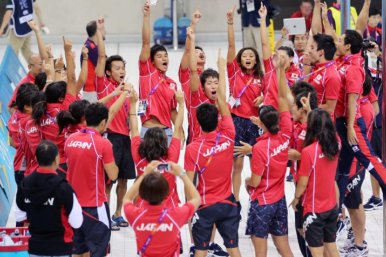 JapanSwimmingTeam1